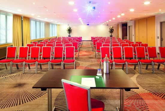 Movenpick Hotel Den Haag - Voorburg: Meeting Room