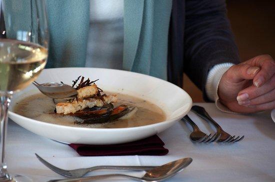 Zest Restaurant: Creamed mussel & potato chowder with garlic, white wine & parsley.