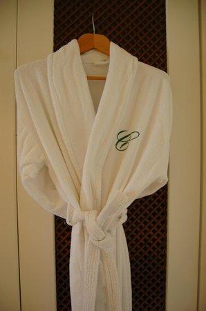 The Arkin Colony Hotel : Complimentary bathrobes!
