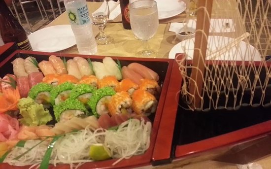 Hama Japanese Restaurant : an expensive Sushi boat... boat should have been included
