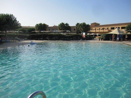 Be Live Collection Son Antem: la piscine parfaite