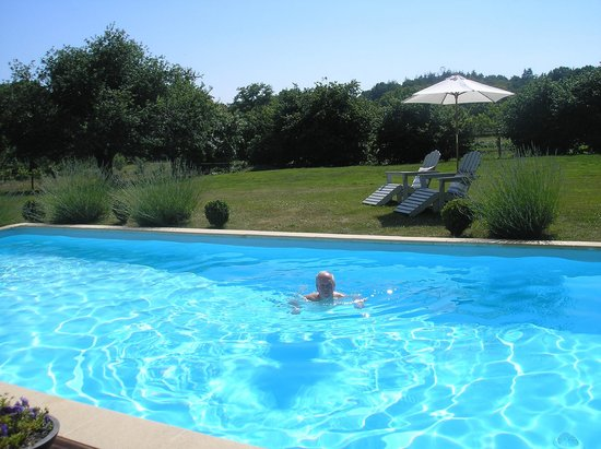 La Longere, Luxury b&b : relaxing by the pool