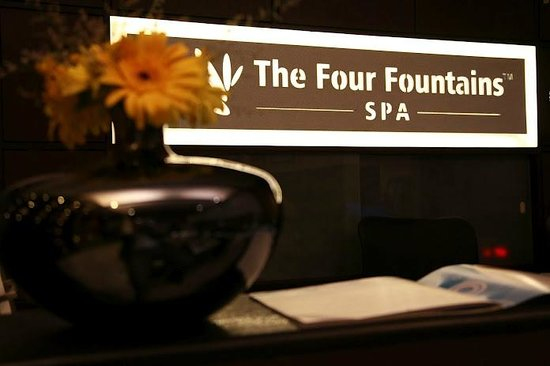 ‪The Four Fountains Spa - Magarpatta City, Pune‬