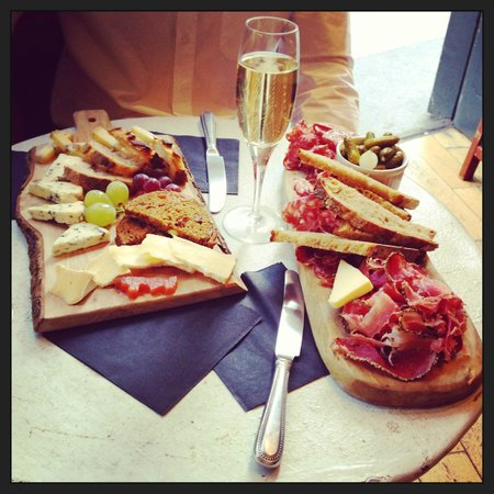 Champagne+Fromage - Covent Garden: Cow Cheese Board & Salami Selection Meat Board