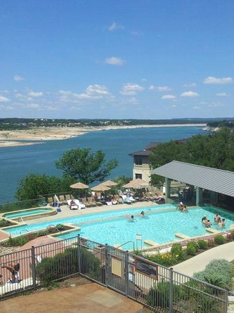 Lakeway Resort and Spa : Pool and bar
