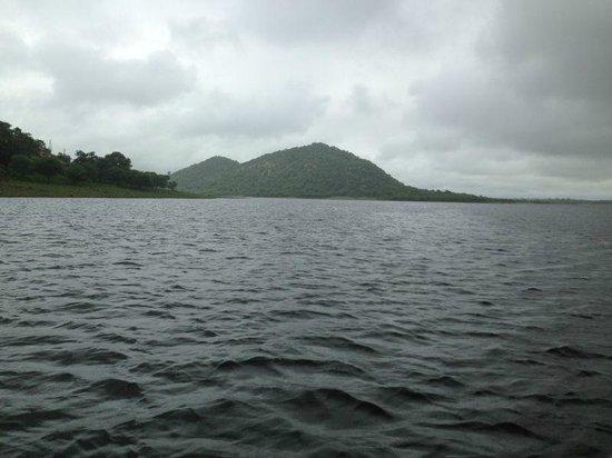 Jaisamand Island Resort : island