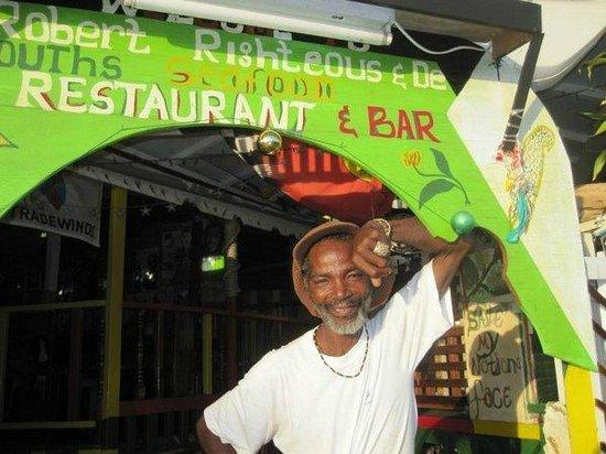 Robert Righteous & De Youths Seafood Restaurant & Bar: Robert