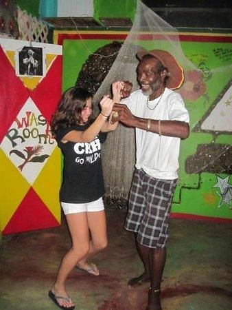 Robert Righteous & De Youths Seafood Restaurant & Bar: Dancing and having a good time.