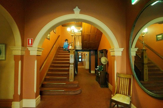 Victoria & Albert Guesthouse: entrance
