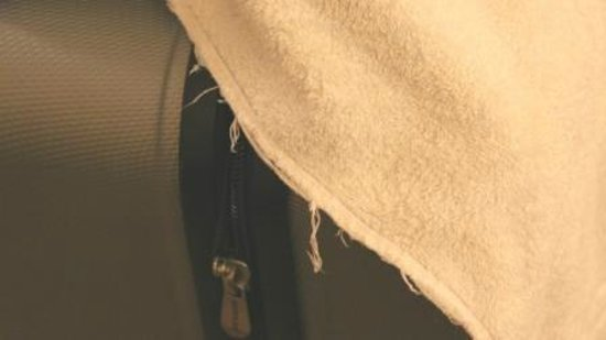 Oxford Hotel London: Frayed towels