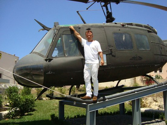Panayia Evanyelistria Cathedral and Museums : Military helicopters