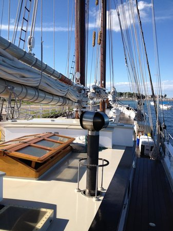 Schooner Manitou : Late Afternoon Ready to Sail
