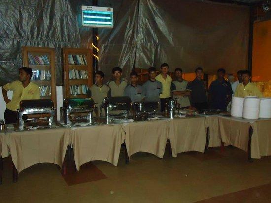 Don Hill Beach Resort : Dinning Area