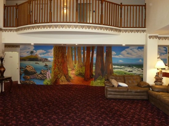 Ocean View Inn & Suites: Second Lobby Pic