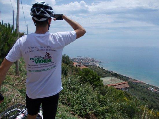 Hotel Bacco: Panorama mare in Tour Cicloturistico organizzato dall'Hotel