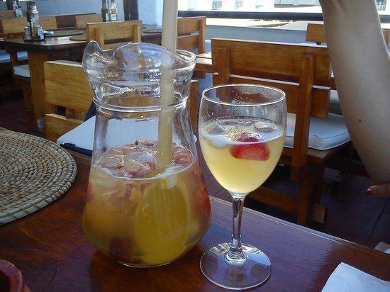Cletonina: Champagne Sangria