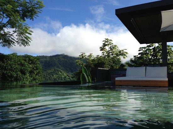 Kura Design Villas Uvita : Beautiful and Incredible views from the pool