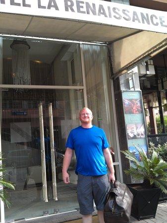 Hotel La Renaissance : la renaisannce entrance