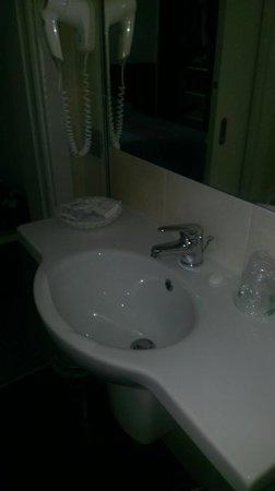 Hotel Pasha: Waschbecken