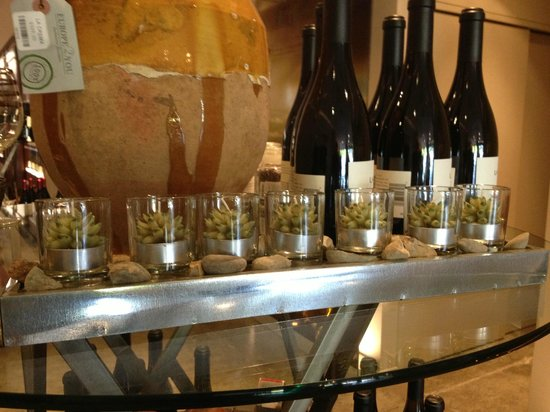La Crema Tasting Room: Some cute candles along with the wine for sale.