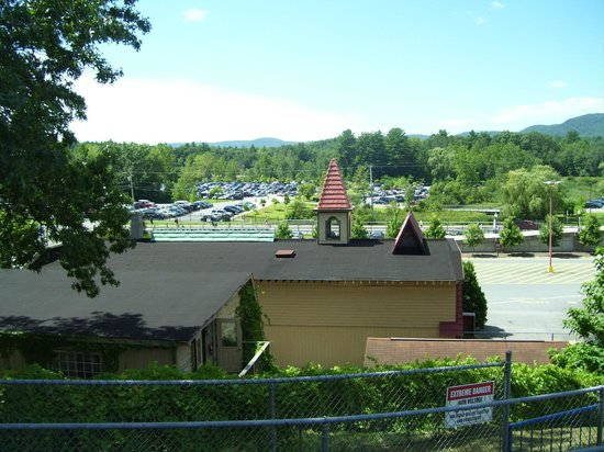 The Great Escape and Splashwater Kingdom : Parking