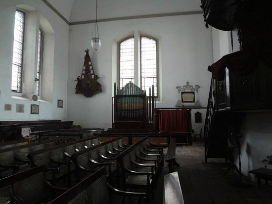 Wolvendaal Church: Inside the church