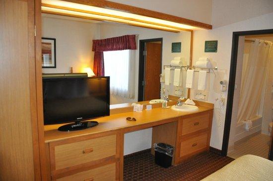 Quality Suites Hotel: Suite