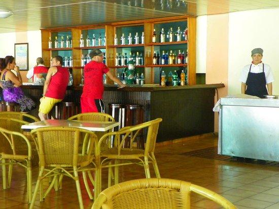Gran Caribe Club Atlantico : Bar près de piscine