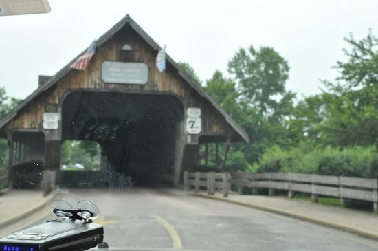 Frankenmuth River Place Shops: Covered Bridge To Shops