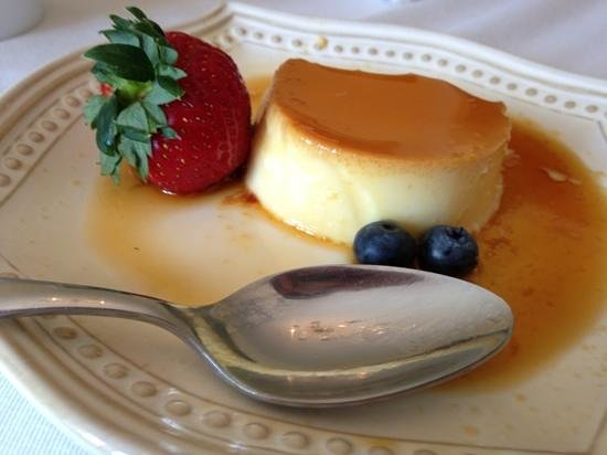 Woodruff Manor Bed & Breakfast : Javier's Flan - made fresh