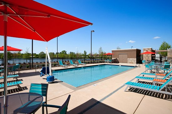 Home2 Suites by Hilton Huntsville / Research Park Area : Home2 Huntsville Pool