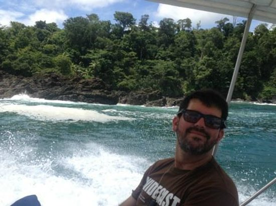 Copa de Arbol Beach and Rainforest Resort: Jose, one of the nature guides on the boat ride to Corcovado Park