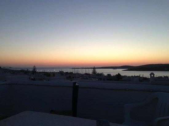 Moschoula Studios & Apartments: tramonto