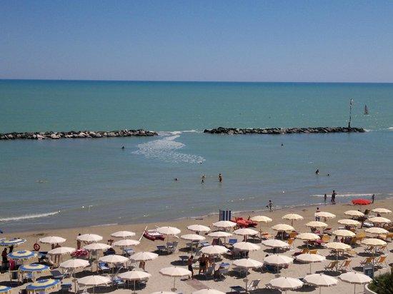 Hotel Ideal: Il mare un pomeriggio