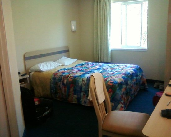 Motel 6 Peterborough: Dettaglio camera