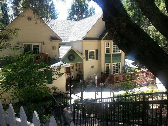 McCaffrey House Bed and Breakfast Inn : McCaffrey House