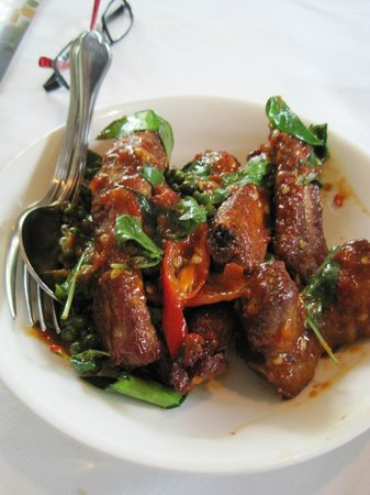 Thanying: Excellent Thai cuisine.