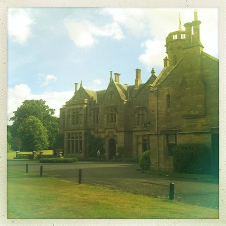 Roxburghe Hotel & Golf Course: Sunny August day at Roxburghe Hotel