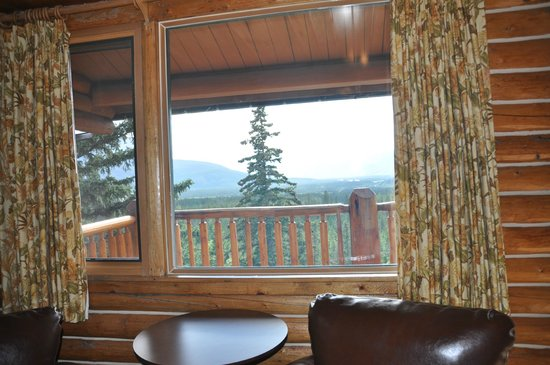 Overlander Mountain Lodge: View from inside a corner room