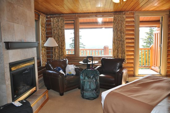 Overlander Mountain Lodge: Inside of room (partial)