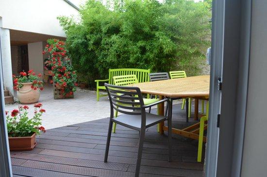 Les Lavandieres: terrasse
