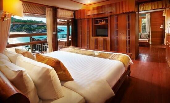 Coral Cove Chalet: Grand views suite