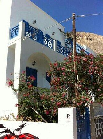 Karidis Hotel: L'esterno dell'hotel