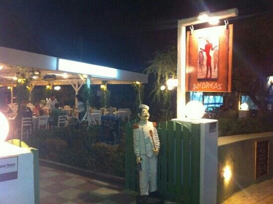 Taverna Andreas: La taverna dall'esterno.