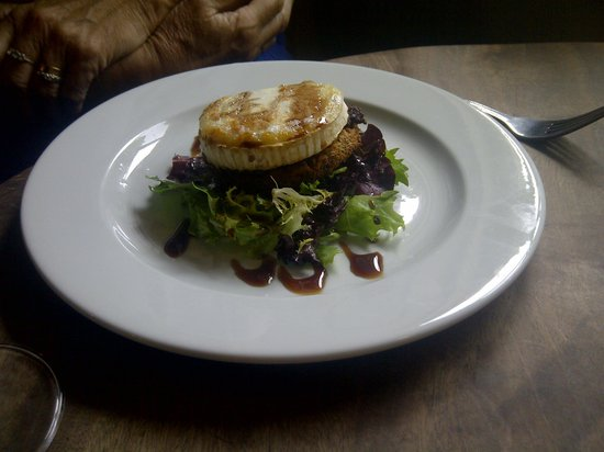 Silver Plough: Grilled goats cheese