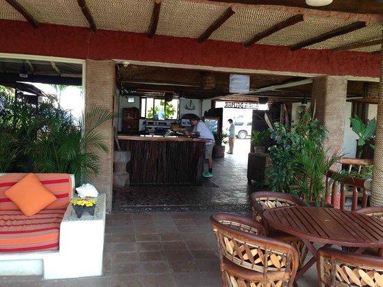 Aura del Mar Hotel: Hotel Lobby