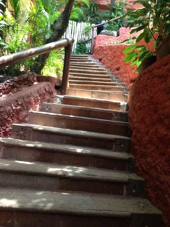 Aura del Mar Hotel : Second set of stairs