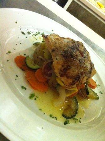 Il Gabbiano Ristorante : Fresh Salmon cooked perfectly