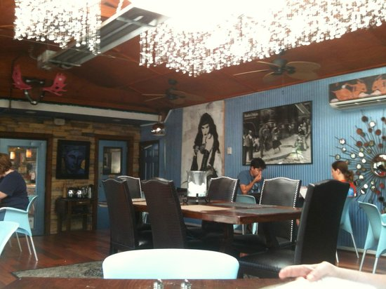 Stoney Knob Cafe: Fun, quirky decor!