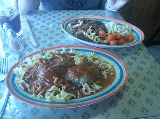 Lala's Hungarian Pastry: Nice sized portions...Stuffed Peppers and Goulash